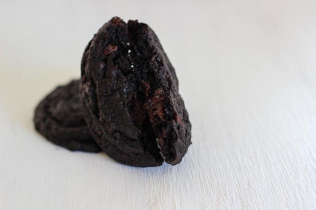 darkchocolatechipcookies-10