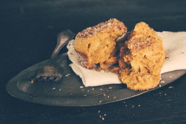 Pumpkin Doughnut Muffins-6