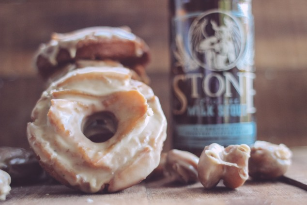 Old Fashioned Glazed Doughnuts (7 of 12)
